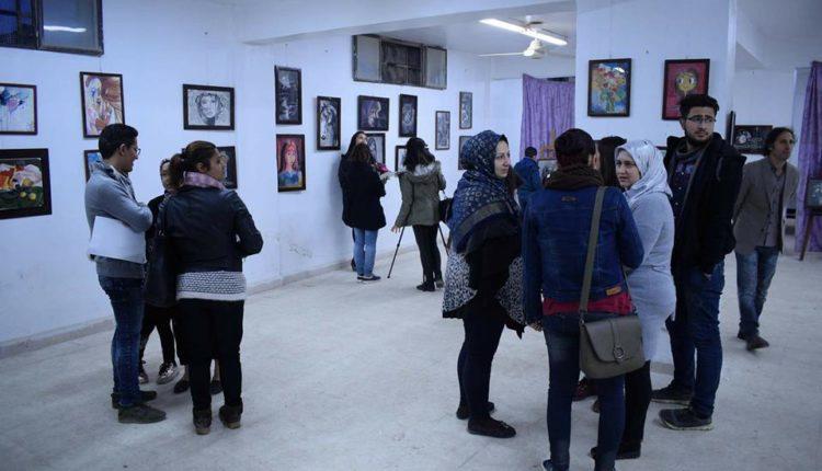 افتتاح معرض لطلاب مركز ابداع للرسم في جامعة عفرين